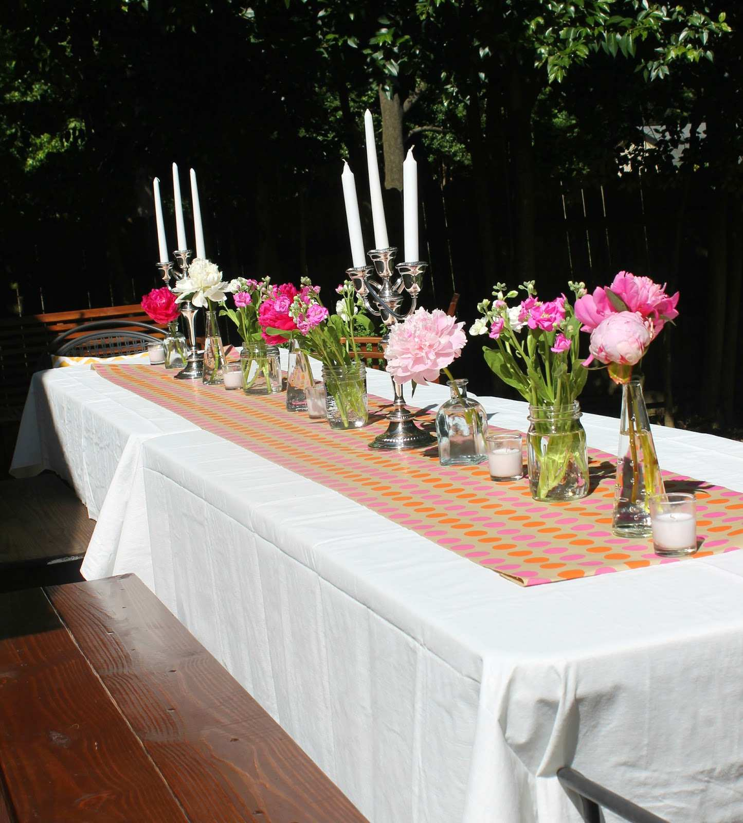 Peacock Wedding Décor that Will Blow Your Mind Attractive Outdoor Patio Table Centerpiece Ideas From Outdoor